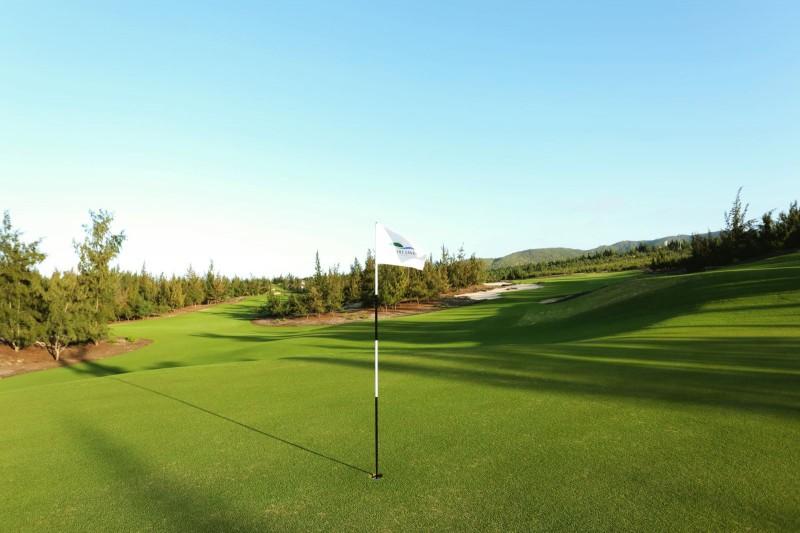 sân golf đẳng cấp ở FLC Villas & Condotel Quy Nhơn